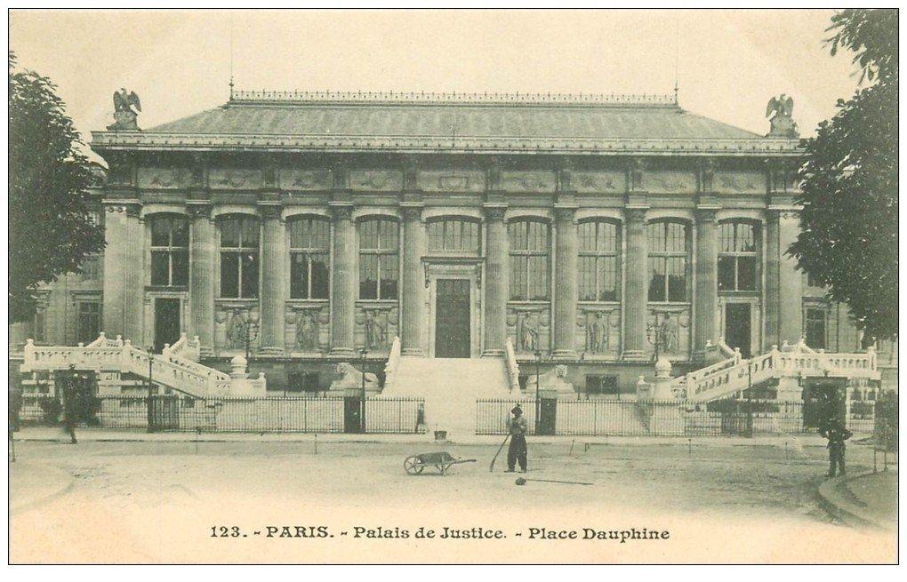 carte postale ancienne PARIS I°. Palais de Justice Place Dauphine vers 1900