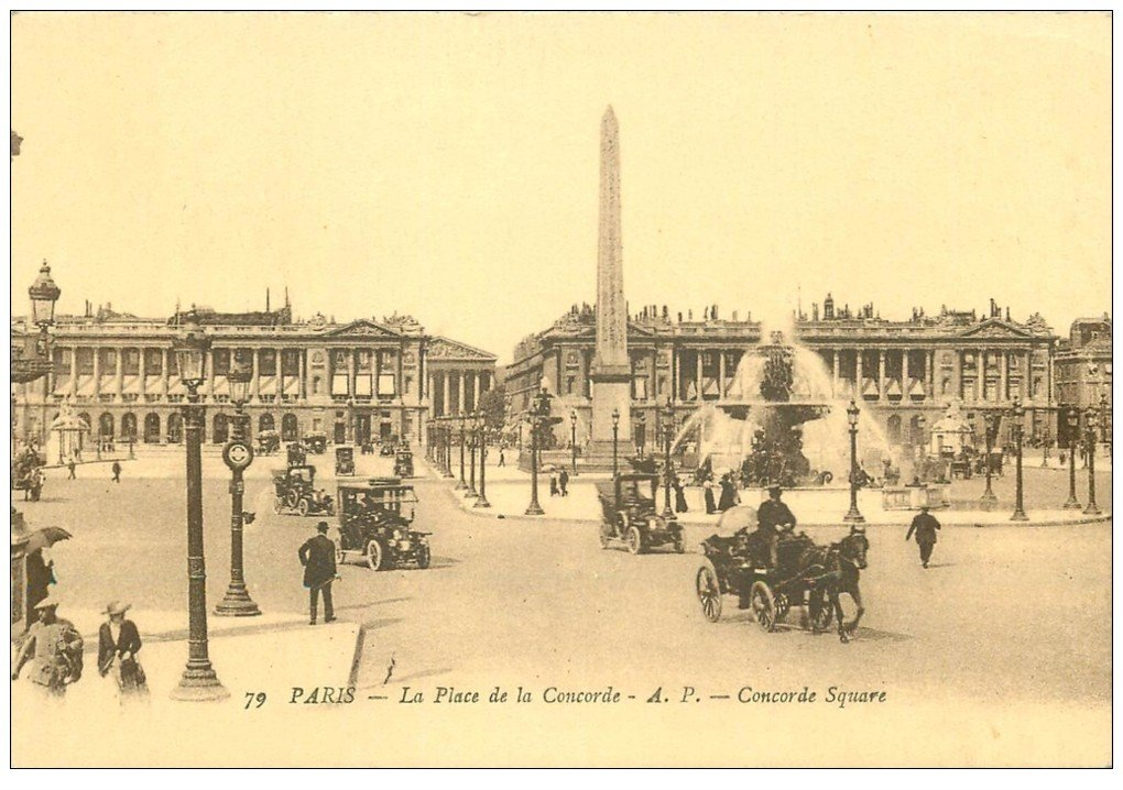carte postale ancienne PARIS I°. Place de la Concorde. Fiacres et Taxis