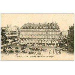 carte postale ancienne PARIS I°. Place Palais Royal. Grands Magasins du Louvre 1931