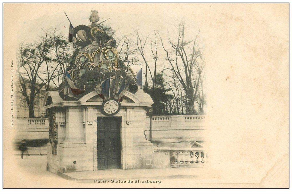 carte postale ancienne PARIS I°. Statue de Strasbourg vers 1900
