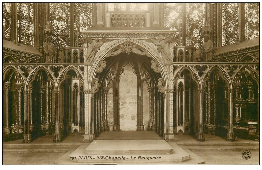 carte postale ancienne PARIS Ier. La Sainte Chapelle le Reliquaire