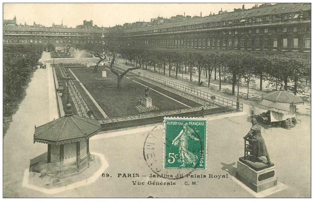 carte postale ancienne PARIS Ier. Palais Royal Jardins 1911