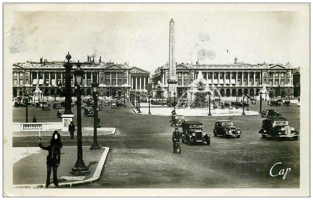 carte postale ancienne PARIS Ier. Place Concorde 1947