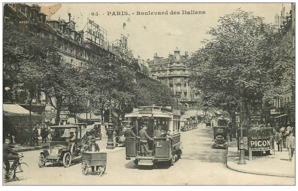 """PARIS 02 Boulevard des Italiens. Autobus à Plateforme, Triporteur et Vespasiennes """""""" PICON """""""" 1917"""