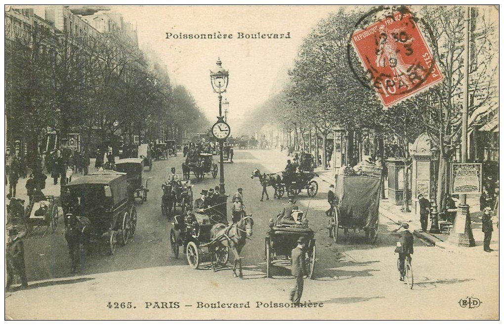 PARIS 02 Boulevard Poissonnière. Fiacres 1919