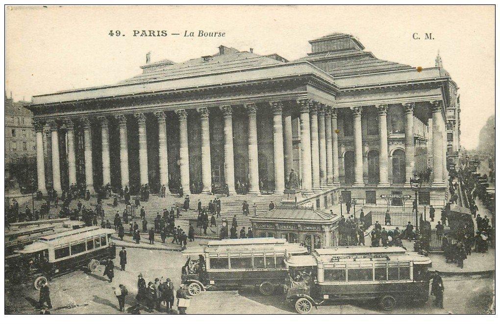 PARIS 02 La Bourse. Autobus et Métropolitain