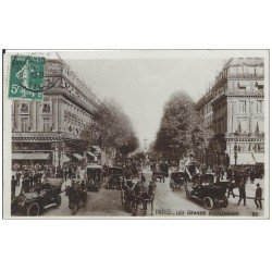 carte postale ancienne PARIS II° Les Grands Boulevards 1908. Carte Photo émaillographie
