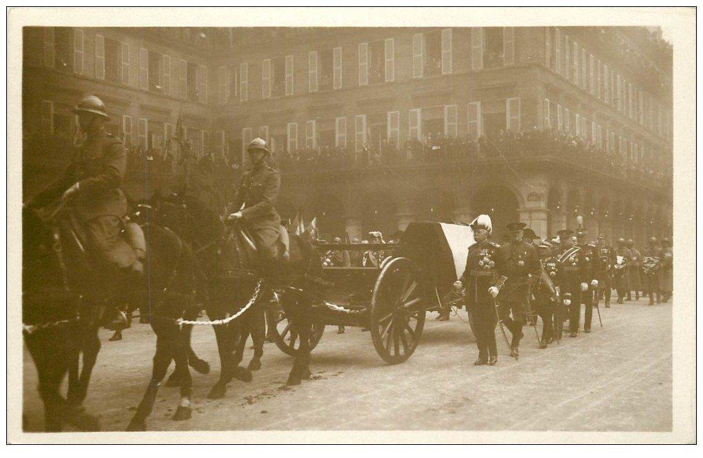 carte postale ancienne PARIS. Funérailles Maréchal Foch 1929. Statue Jeanne d'Arc