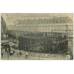carte postale ancienne PARIS. Le Métropolitain. Les Fermes Gare Place Saint-Michel. timbre Taxe 1906