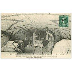 carte postale ancienne PARIS. Le Métropolitain. Travaux souterrains du Chemin de Fer. Draînage d'une Voûte 1908