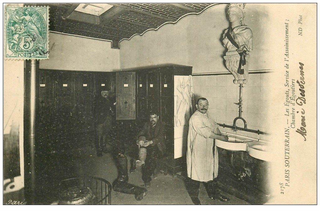 carte postale ancienne PARIS. Les Egouts Chambre d'Egoutiers Service assainissement 1906