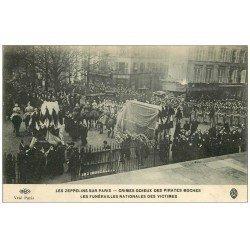 carte postale ancienne PARIS. Les Zeppelins Funérailles Nationales des Victimes. ELD
