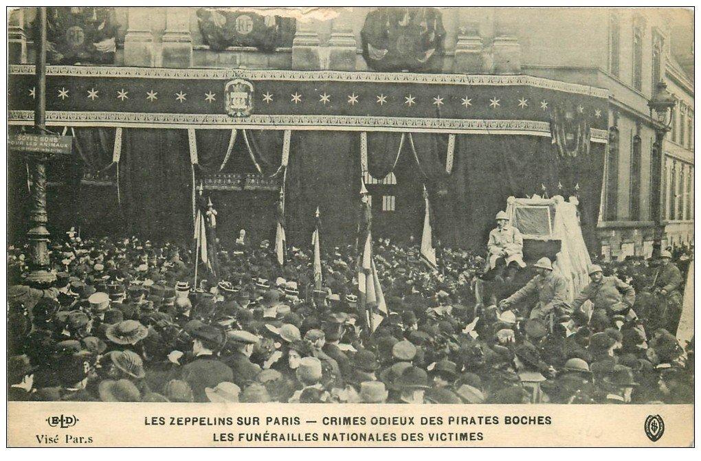 carte postale ancienne PARIS. Les Zeppelins Funérailles Nationales des Victimes. ELD Crimes odieux pirates boches