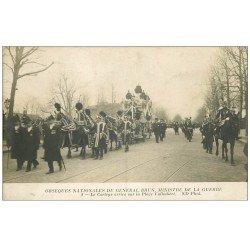 carte postale ancienne PARIS. Obsèques du Général Brun Place Valhubert