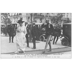 carte postale ancienne PARIS. Réception Roi Danemarck Christian X et Reine Alexandrine Légation 1914