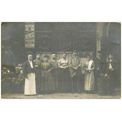 carte postale ancienne Superbe Carte Photo PARIS 09. Café Restaurant Lolliot 16 Rue de Montyon hôtel à côté et tête d'un Cheval