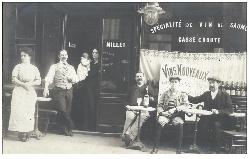 carte postale ancienne Superbe Carte Photo PARIS 10. Café Restaurant Millet 2 Boulevard Denain 1912