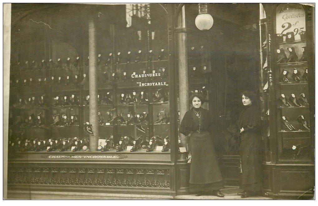 """Superbe Carte Photo PARIS 12. Magasin de chaussures """""""" INCROYABLE """""""" 1 Rue du Pont Neuf 1911. Chausseur Bottier"""
