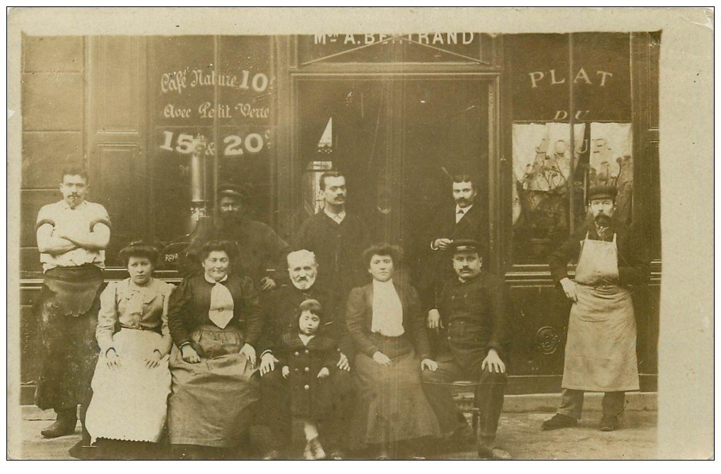 PARIS 13. Café Bertrand 40 Boulevard Arago avec Postier, Tanneur et Bougnat