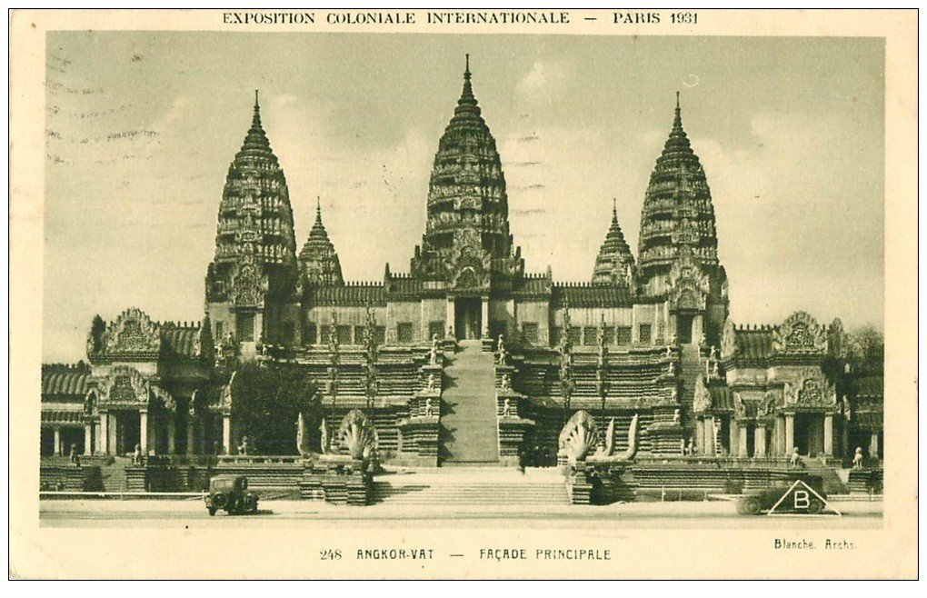 carte postale ancienne EXPOSITION COLONIALE INTERNATIONALE PARIS 1931. Angkor-Vat et voiture 248