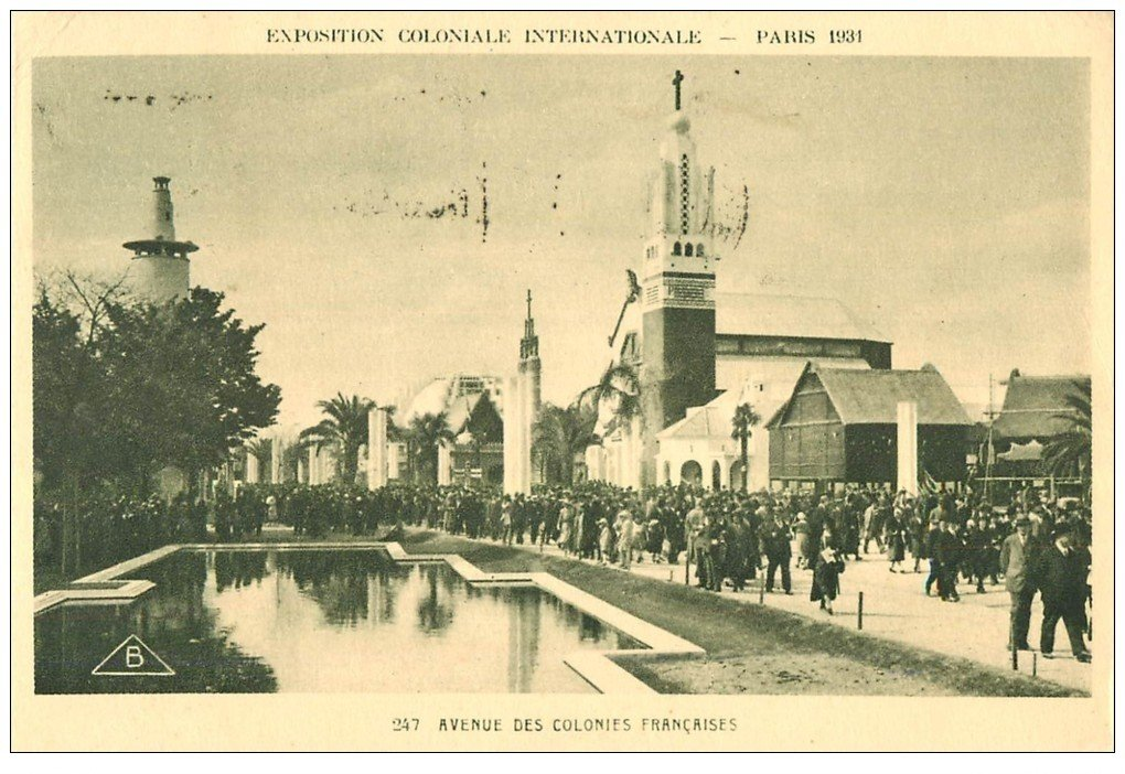 carte postale ancienne EXPOSITION COLONIALE INTERNATIONALE PARIS 1931. Avenue Colonies Françaises