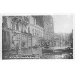 carte postale ancienne INONDATION DE PARIS 1910. Rue Gros à Auteuil