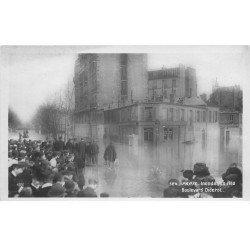 carte postale ancienne INONDATION DE PARIS 1910. Boulevard Diderot et rue de Châlon
