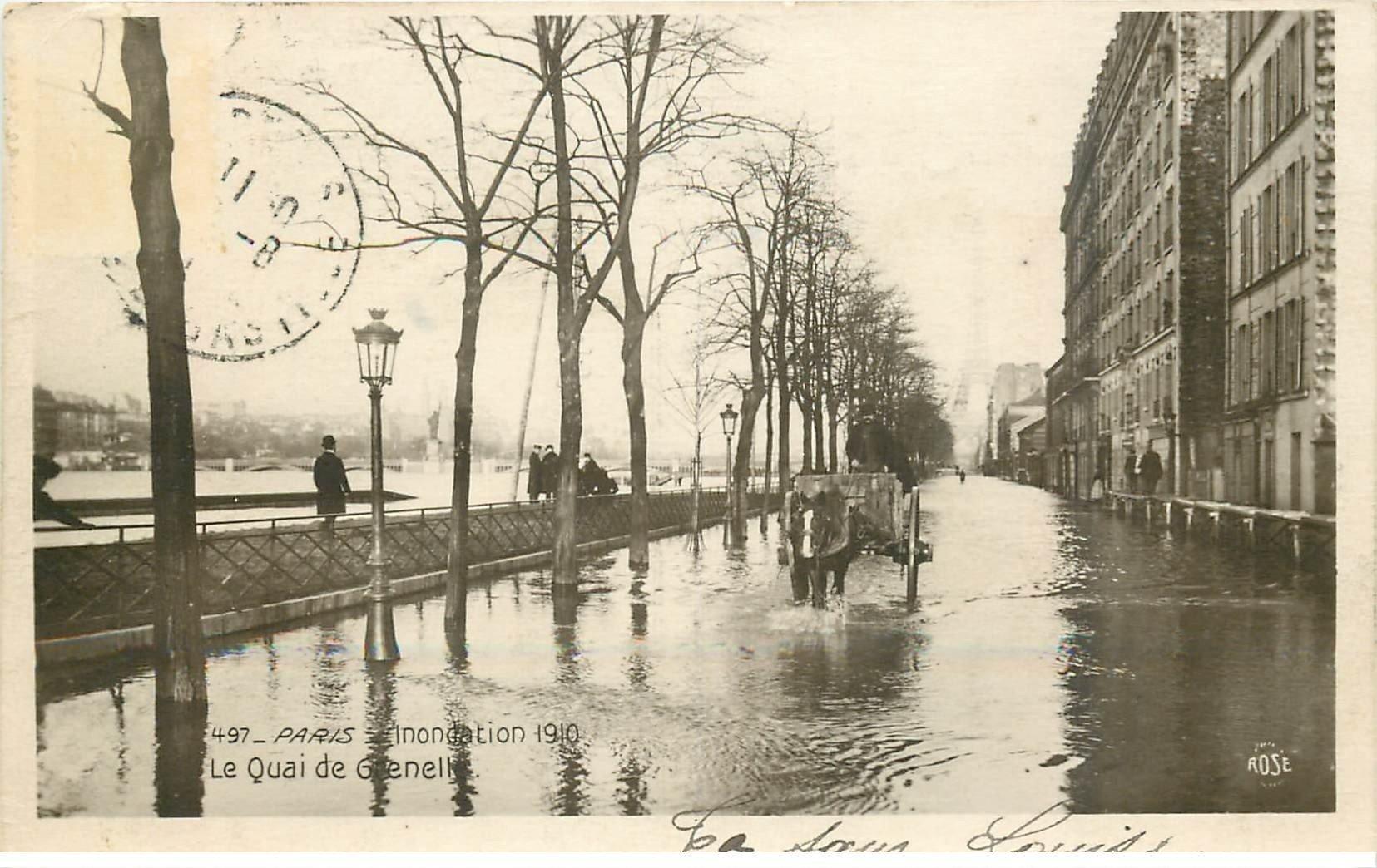 carte postale ancienne INONDATION DE PARIS 1910. Le Quai de Grenelle attelage