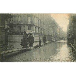 INONDATION DE PARIS 1910. Rue du Bac avec Banque Société Générale