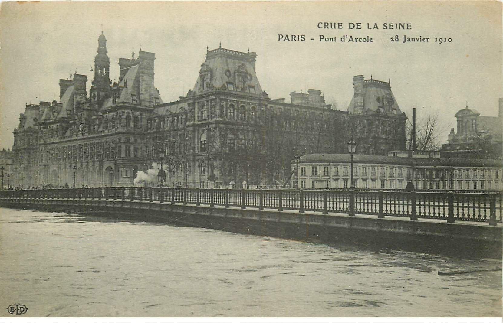 carte postale ancienne INONDATION DE PARIS 1910. Pont d'Arcole
