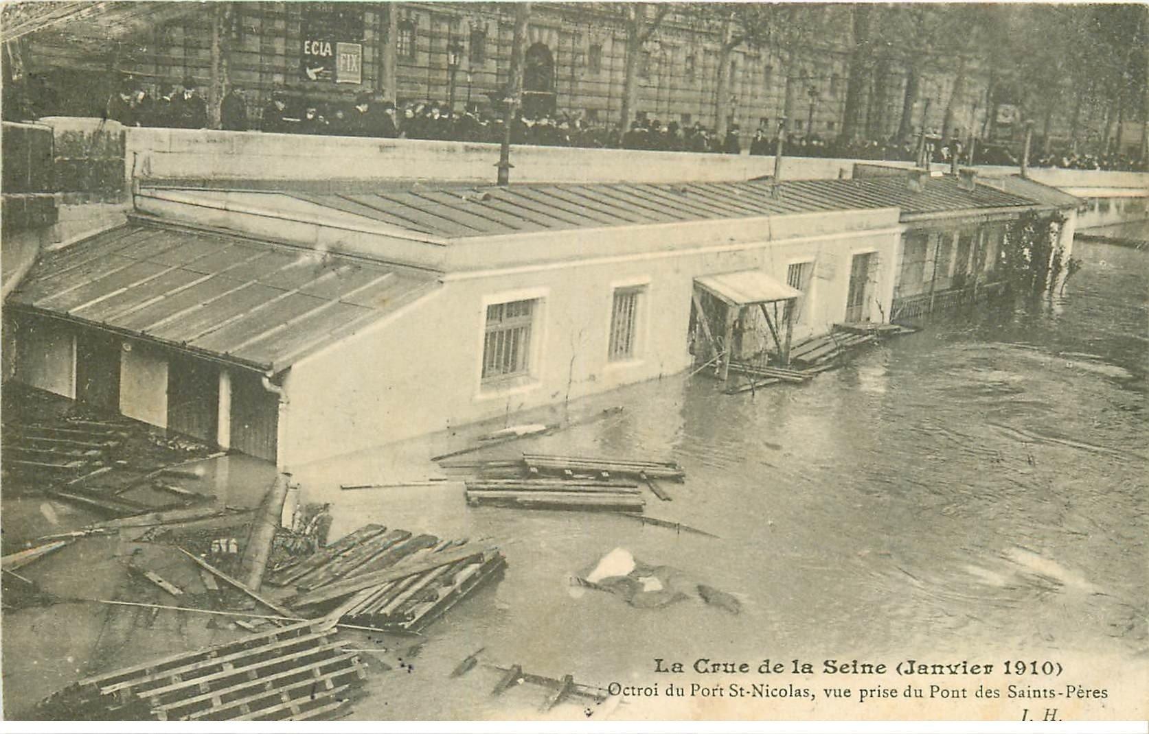 carte postale ancienne INONDATION ET CRUE DE PARIS 1910. Octroi Port Saint-Nicolas