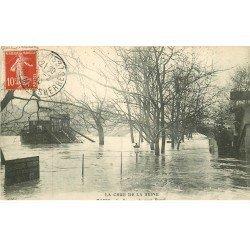 INONDATION ET CRUE DE PARIS 1910. Square du Pont Royal