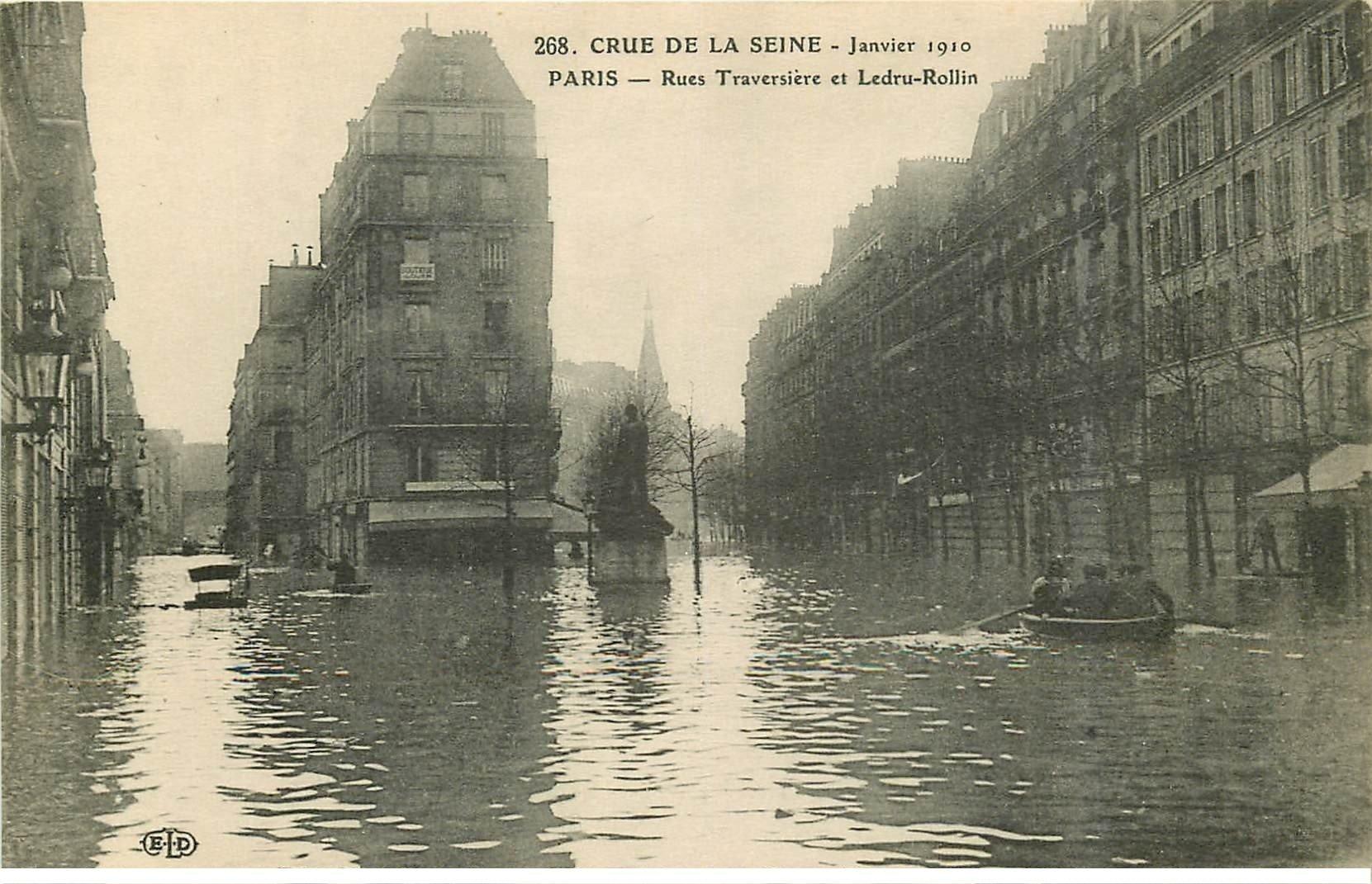 carte postale ancienne INONDATION ET CRUE DE PARIS 1910. Rues Traversière et Ledru Rollin
