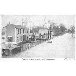 carte postale ancienne Inondation et Crue de 1910. ARGENTEUIL 95. Les Quais