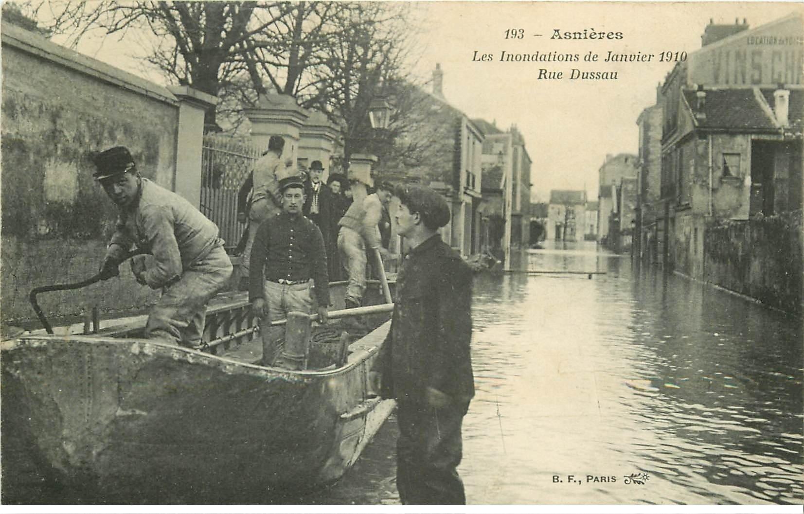 Inondation et Crue de 1910. ASNIERES 92. Rue Dussau Sauveteurs Militaires