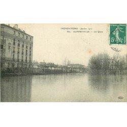 carte postale ancienne Inondation et Crue de 1910. ALFORVILLE 94. Les Quais