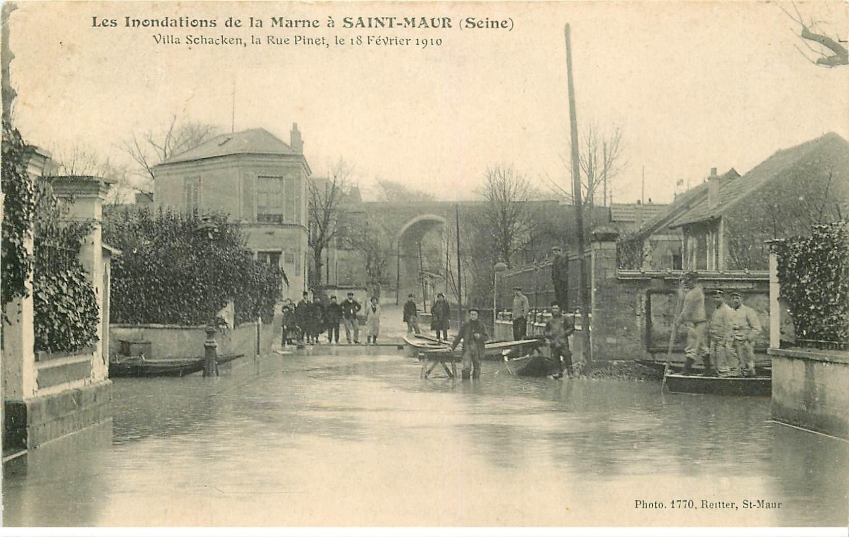 carte postale ancienne Inondation et Crue de 1910. SAINT-MAUR 94. Rue Pinet Villa Schacken