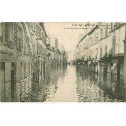 carte postale ancienne Inondation et Crue de 1910. VILLENEUVE-SAINT-GEORGES 94. Rue de Paris. Bouillon Kub