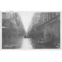 carte postale ancienne Inondation et Crue de PARIS 1910. Rue de Seine. Carte Photo Ed. Rose