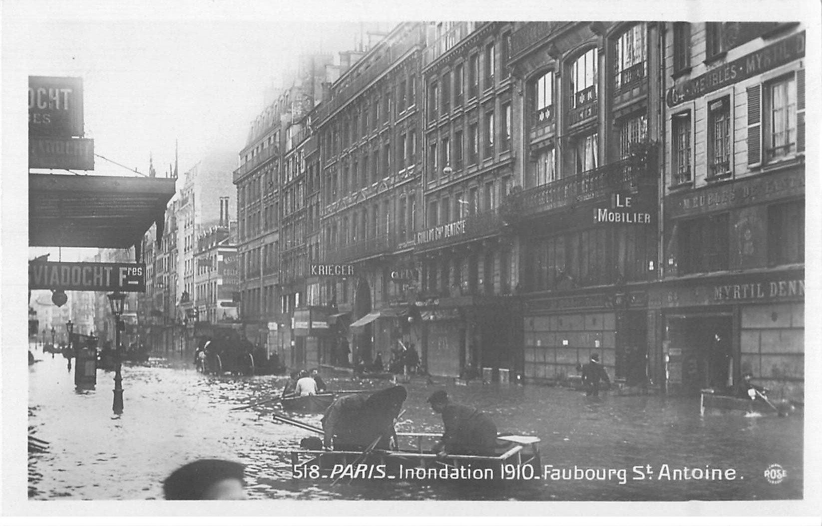 carte postale ancienne Inondation et Crue de PARIS 1910. Faubourg Saint-Antoine. Carte Photo Ed. Rose