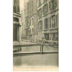 carte postale ancienne INONDATION ET CRUE PARIS 1910. Rue des Ursins