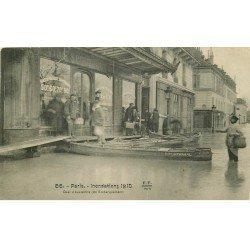 INONDATION ET CRUE PARIS 1910. Quai Austerlitz (légère plissure)
