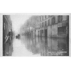 carte postale ancienne INONDATION ET CRUE PARIS 1910. Rue de Bercy