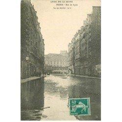 carte postale ancienne INONDATION ET CRUE PARIS 1910. Rue de Lyon et Gilbert
