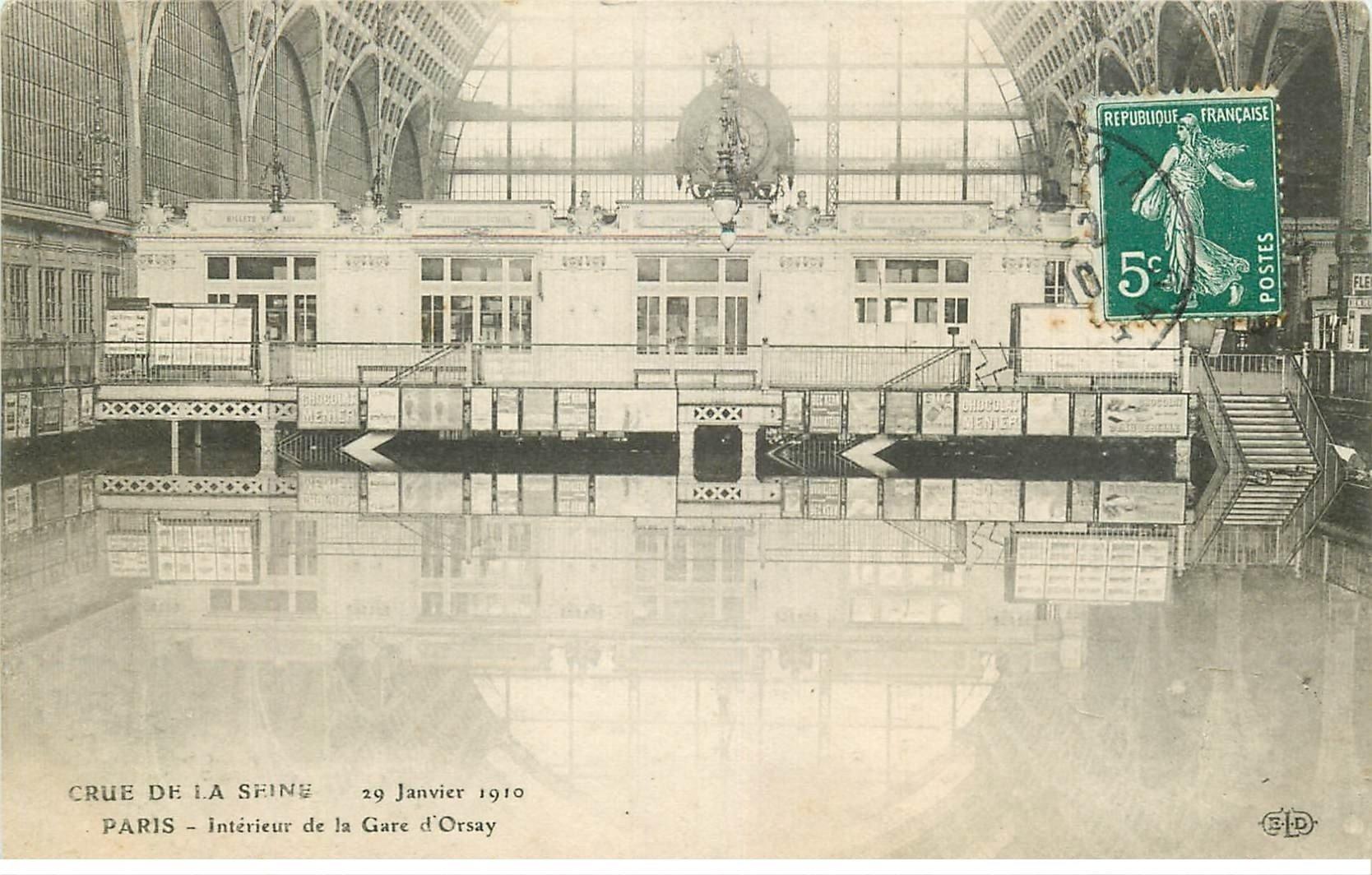 carte postale ancienne INONDATION ET CRUE PARIS 1910. Gare d'Orsay