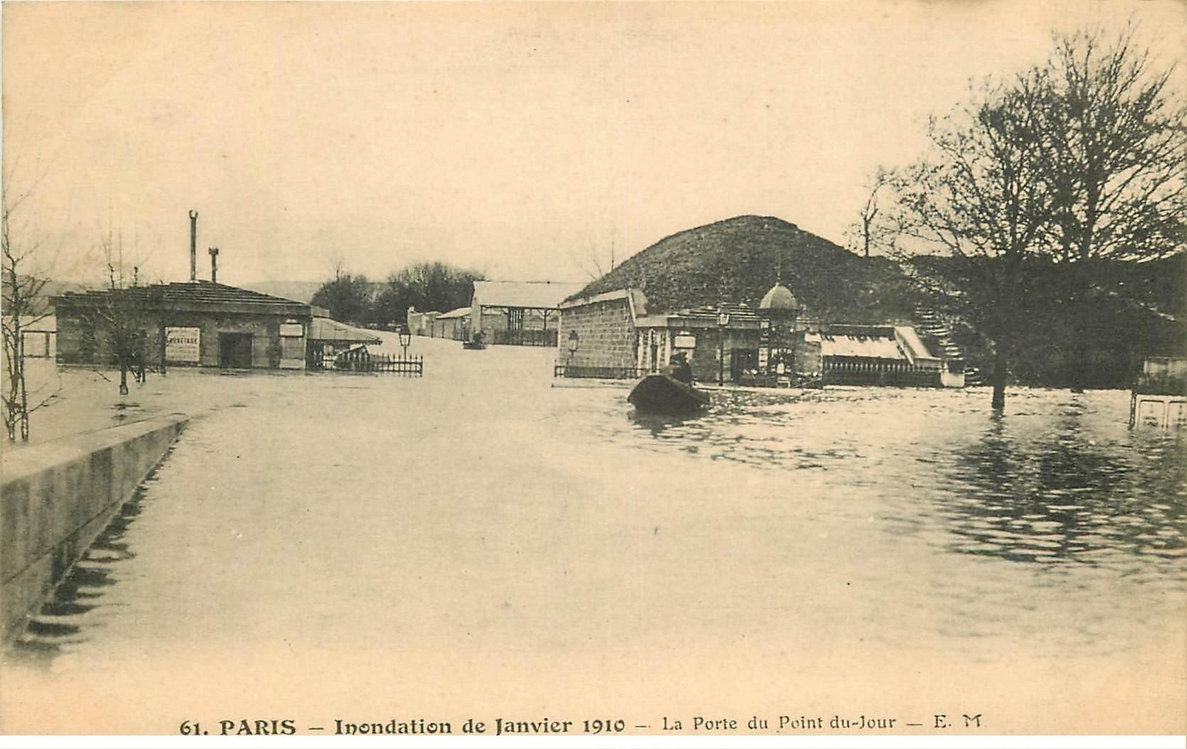 carte postale ancienne INONDATION ET CRUE PARIS 1910. Porte Point-du-Jour