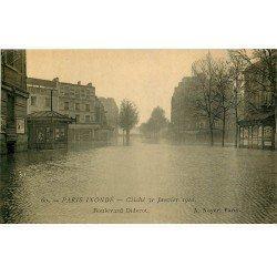 carte postale ancienne INONDATION ET CRUE PARIS 1910. Boulevard Diderot