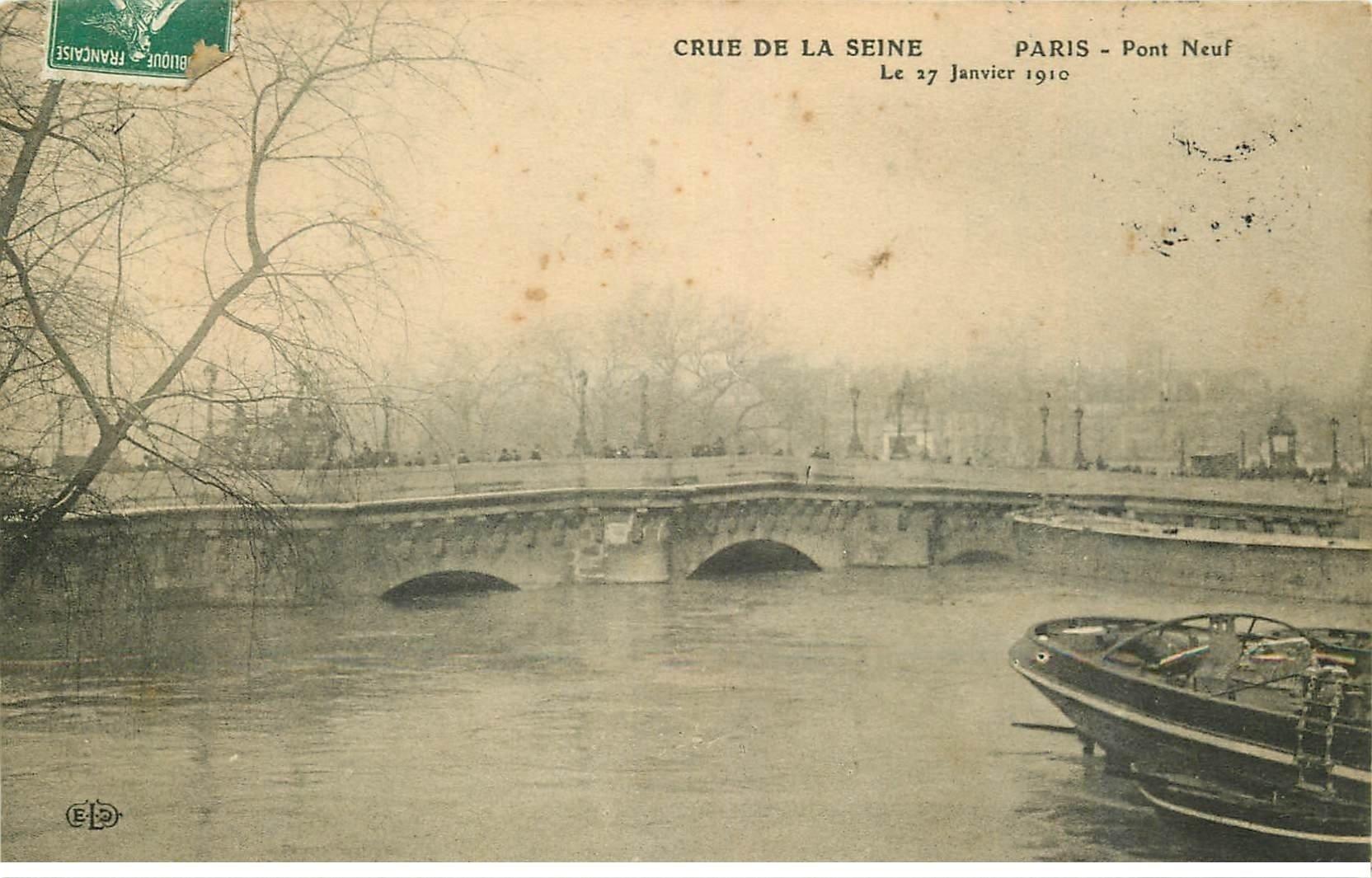 carte postale ancienne INONDATION ET CRUE PARIS 1910. Pont Neuf