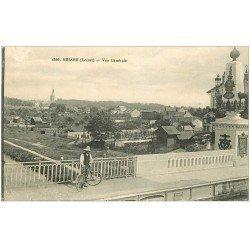 carte postale ancienne 45 BRIARE. Cycliste sur le pont et vue générale
