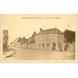 carte postale ancienne 45 CHAMBON-LA-FORET. Place et Rue Principle. Voyet Aubergiste 1945